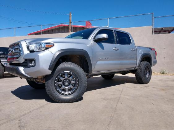 Johnson's 2016 Toyota Tacoma Suspension Upgrades | Dixie 4 Wheel Drive